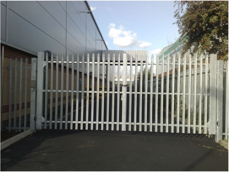 Swing Gates From Metalwood Fencing Ltd